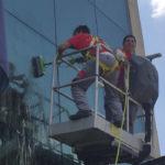pulizia vetri grattacieli