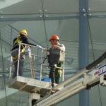 altezza operai pulitura vetri roma