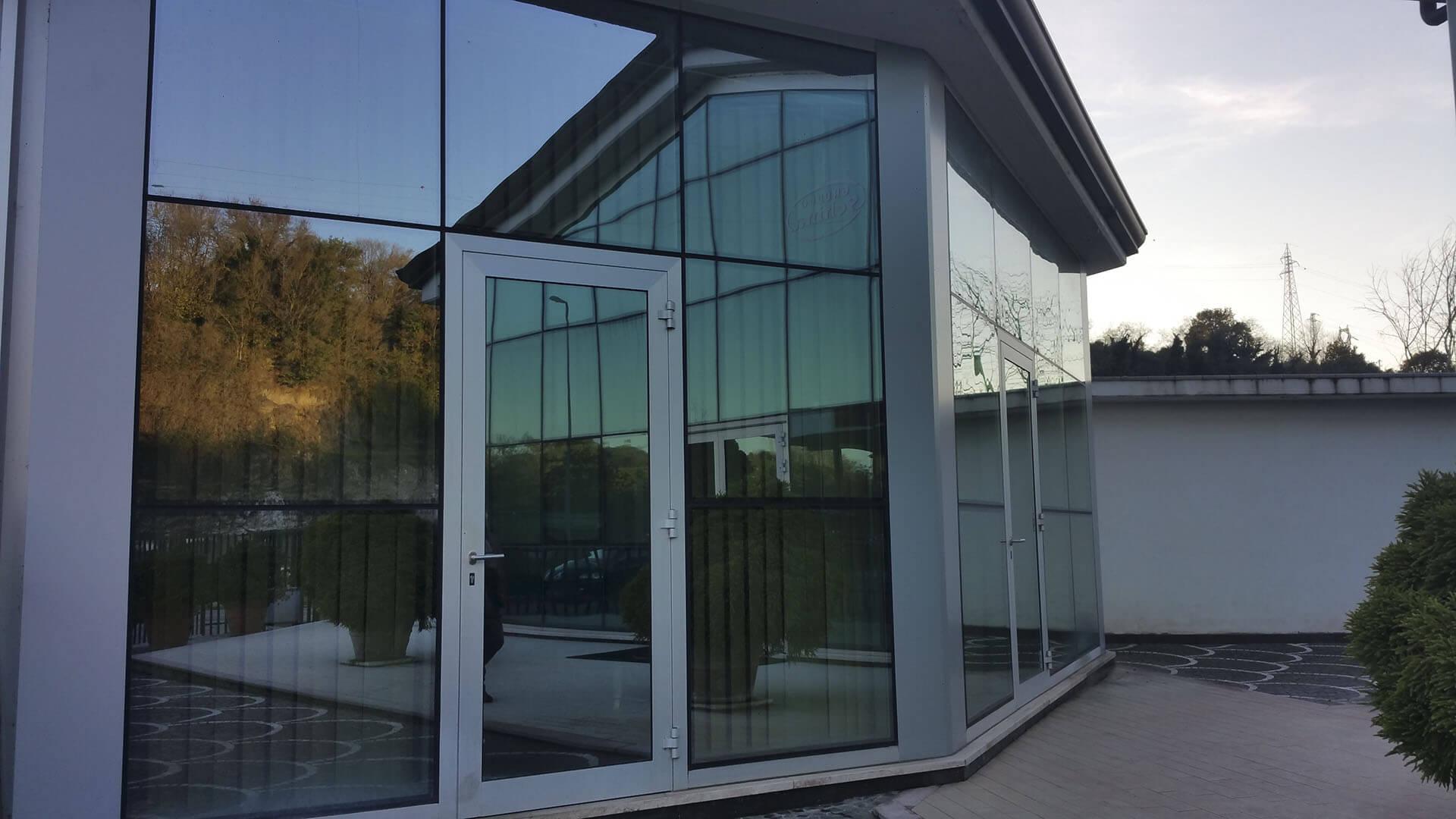 Pulizia vetri finestre - Pulizia vetri finestre ...